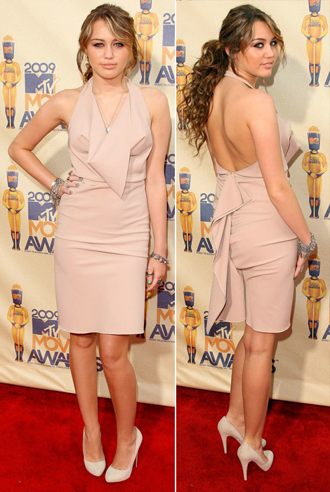 Miley Cyrus Cheap And (Less) Chic For MTV Movie Awards 2009
