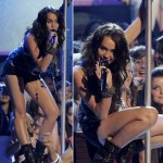 Miley Cyrus Performing Teen Choice Awards 2009