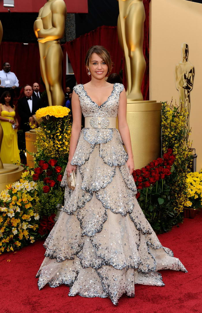 Miley Cyrus Zuhair Murad dress Oscars 2009 6