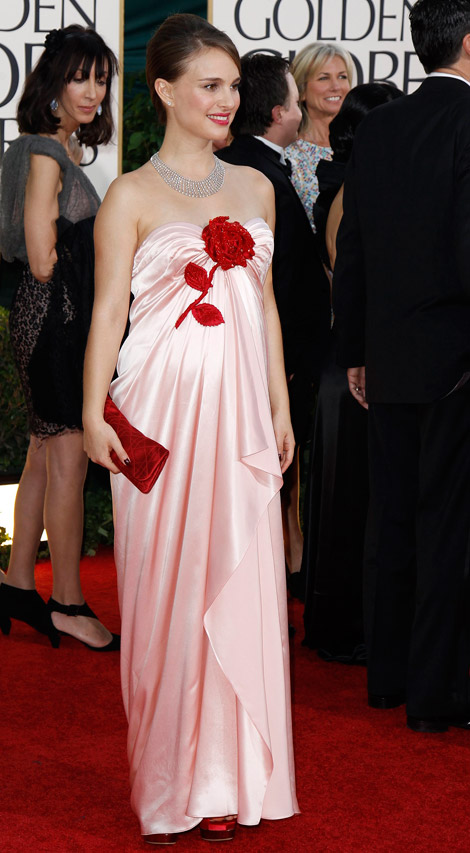 Natalie Portman pink dress Golden Globes 2011 Red Carpet