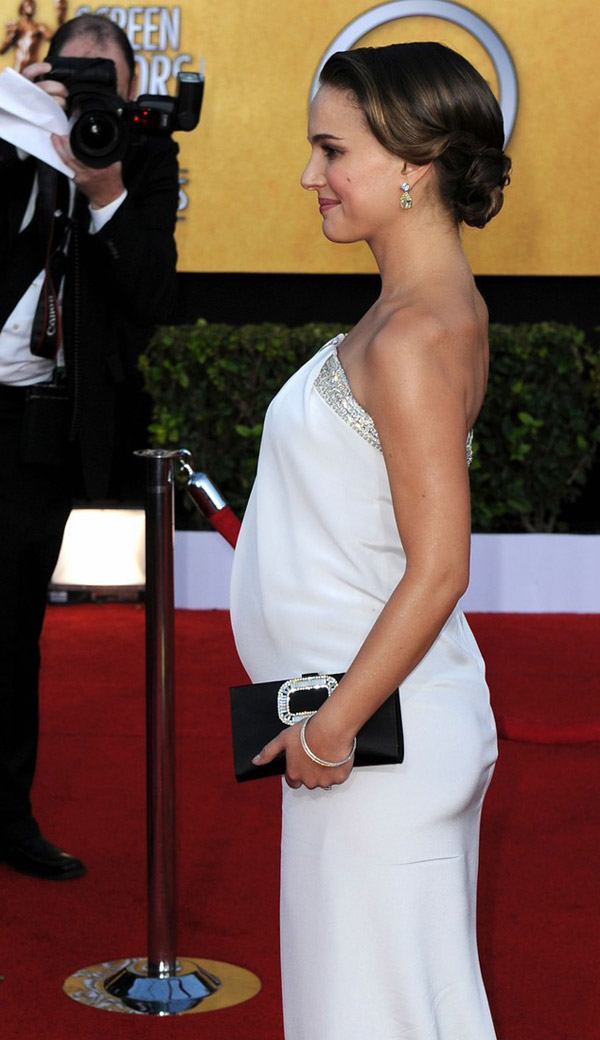 Natalie Portman White Azzaro dress 2011 SAG Awards 1