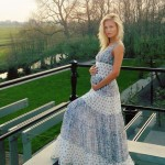 Natasha Poly pregnant baby bump
