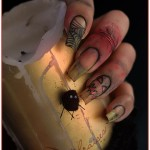 natural Halloween nail art