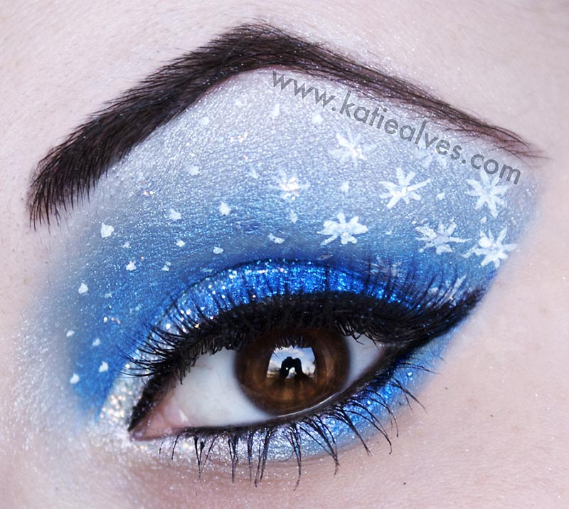 Festive Eyes Makeup For New Year's Eve Party & More