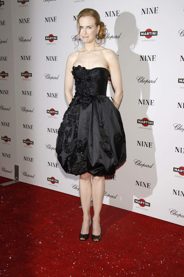 Nicole Kidman powdered nose Nine Premiere 4