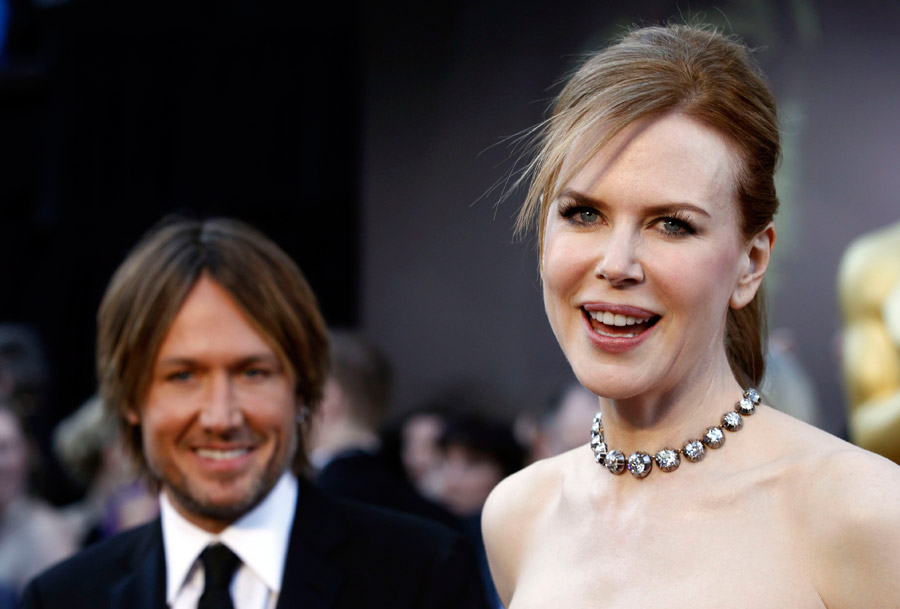 Nicole Kidman white Dior couture dress 2011 Oscars 1