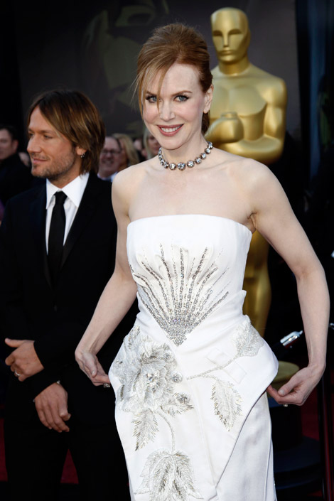 Nicole Kidman's White Dior Dress For 2011 Oscars
