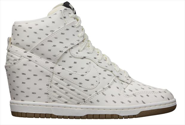 Nike Dunk Sky High white print sneakers