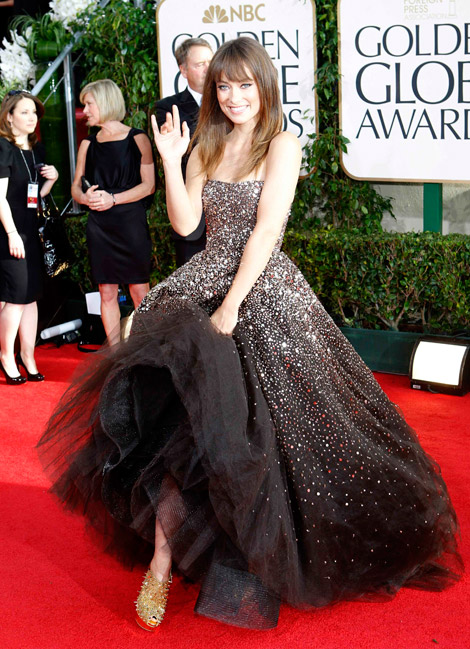 Olivia Wilde In Dark Brown Sequined Marchesa Dress For Golden Globes 2011