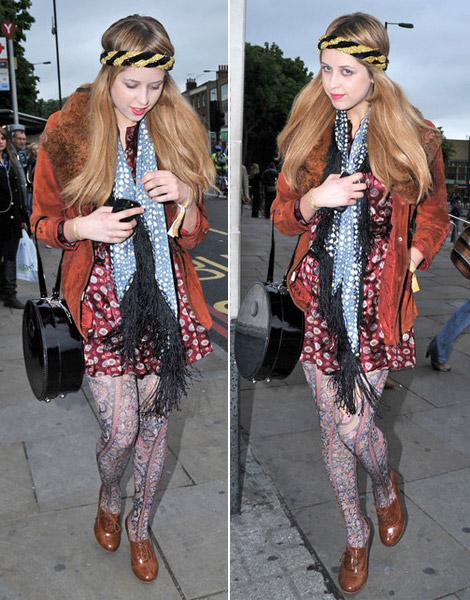 Peaches Geldof Different prints mix