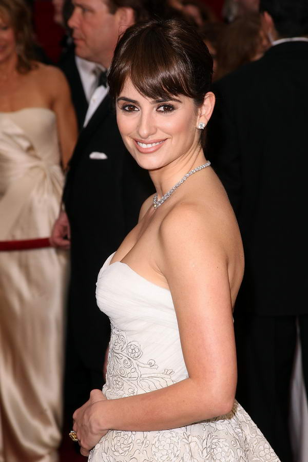 Penelope Cruz Pierre Balmain dress Oscars 2009 2