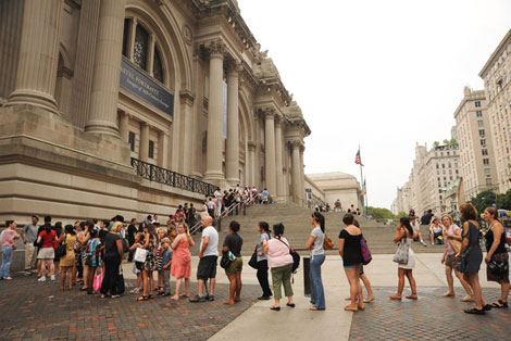 People queued outside the Met for McQueen exhibit