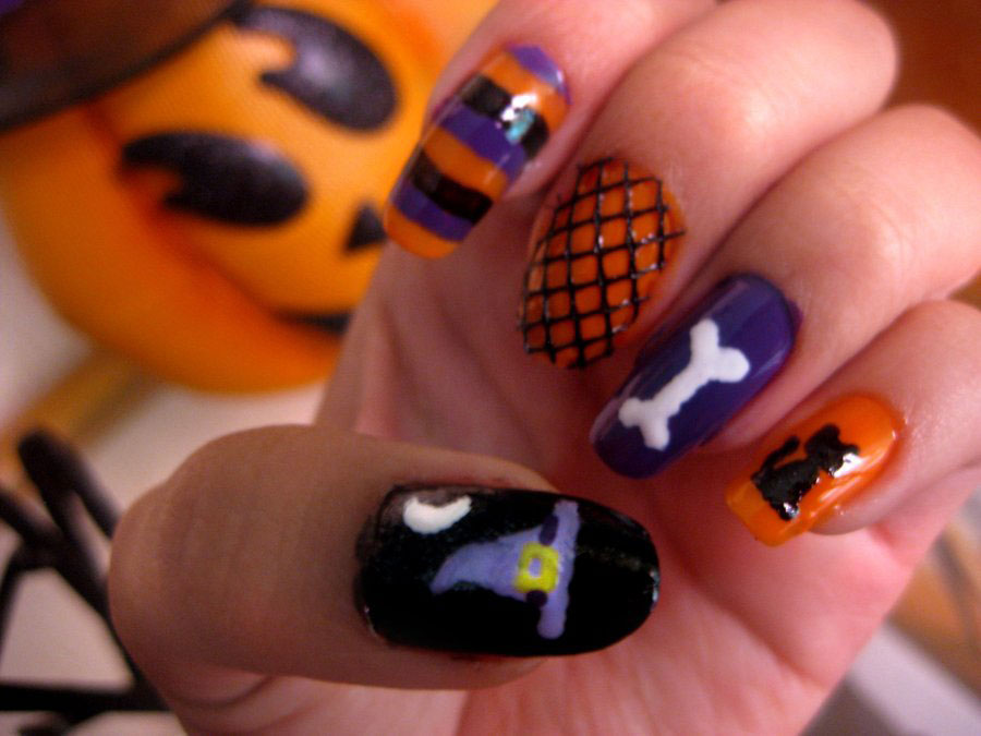 perfect Halloween nails