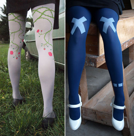 Printed tights roses