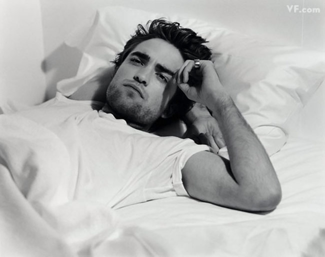 Robert Pattinson Vanity Fair december 2009 photo