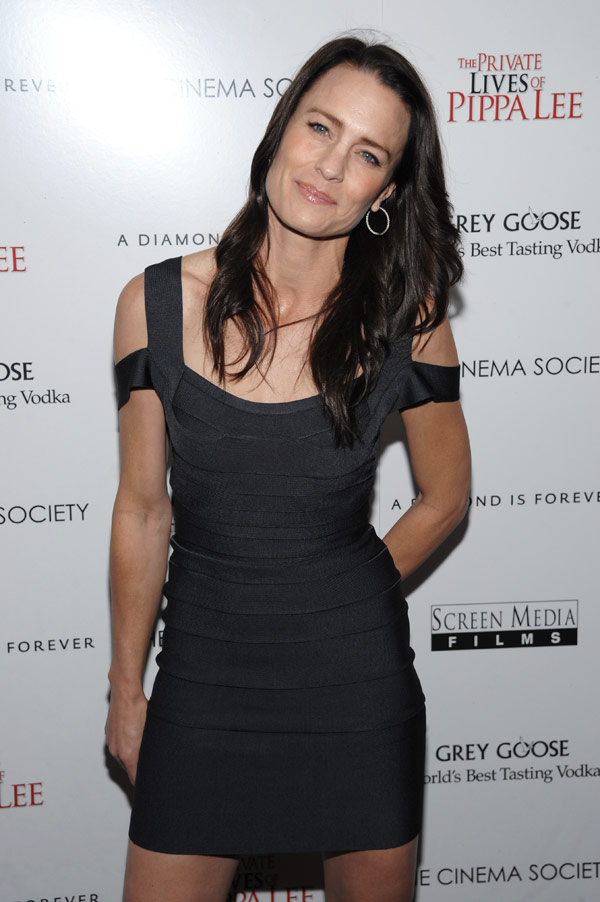 Robin Wright Penns New Dark Hair