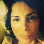 Sadie Frost in bed no makeup wakeupcall