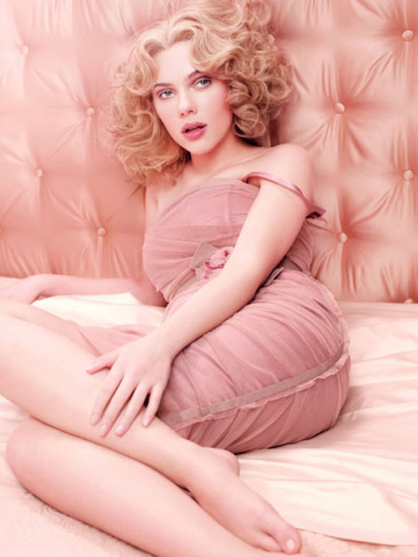 Scarlett Johansson's Dolce And Gabbana Rose The One Perfume Ad