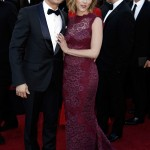 Scarlett Johansson purple Dolce and Gabbana dress 2011 Oscars 4