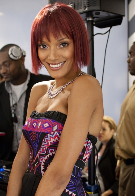 Selita Ebanks new short red bob