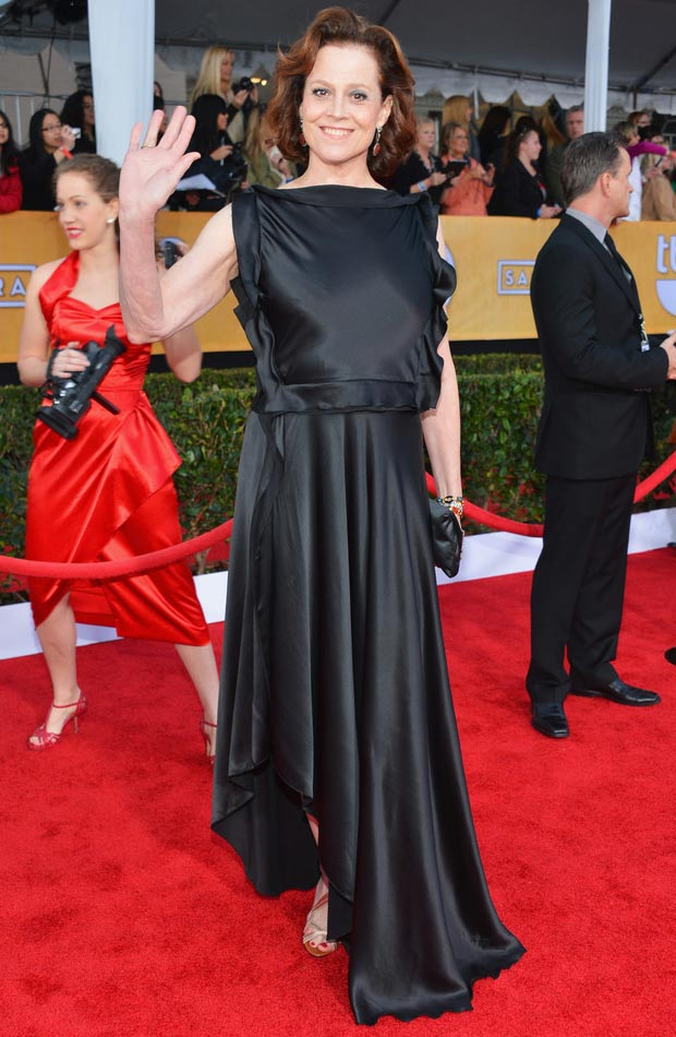 Sigourney Weaver black ruffled dress 2013 SAG Awards
