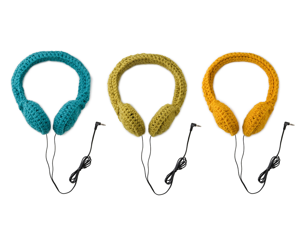 Fashionable Headphones: Crocheted Bow Headphones