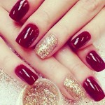 simple winter nails red gold glitter