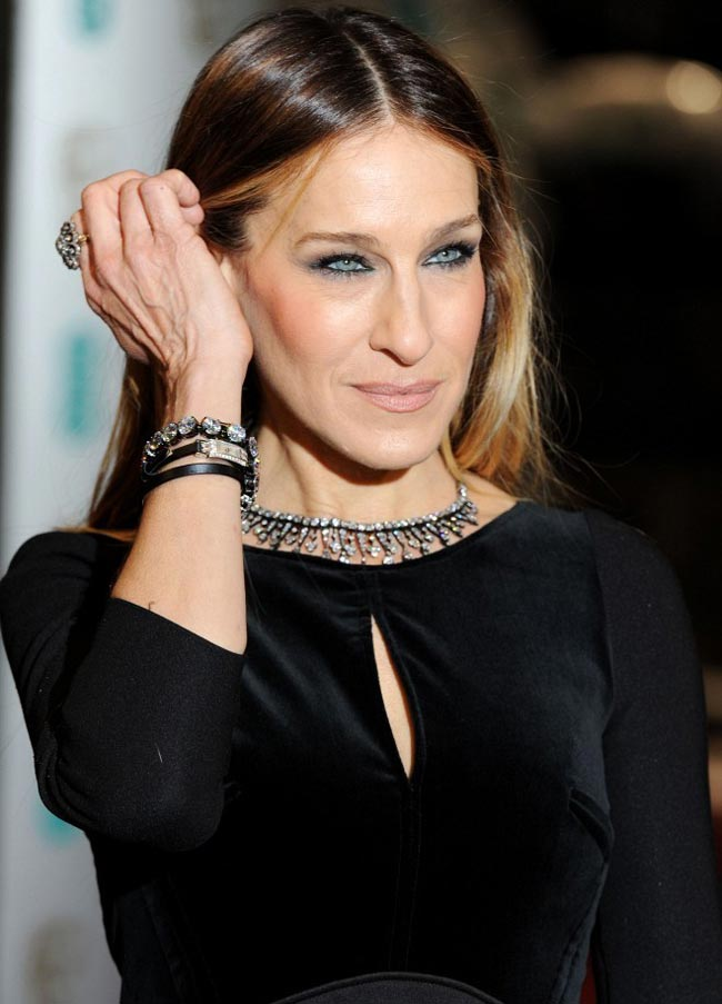 SJP 2013 BAFTA black outfit jewelry