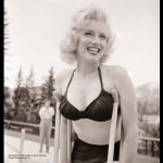 smiling bright Marilyn Monroe new picture 1953