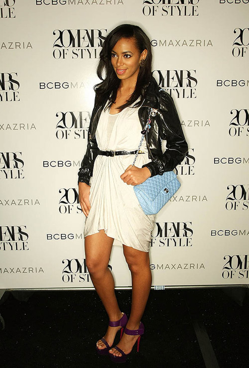 Solange Knowles Chanel blue bag