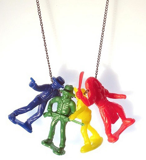 Dare To Wear The Toy Necklaces By Peas, Corn And Tomato Sauce?
