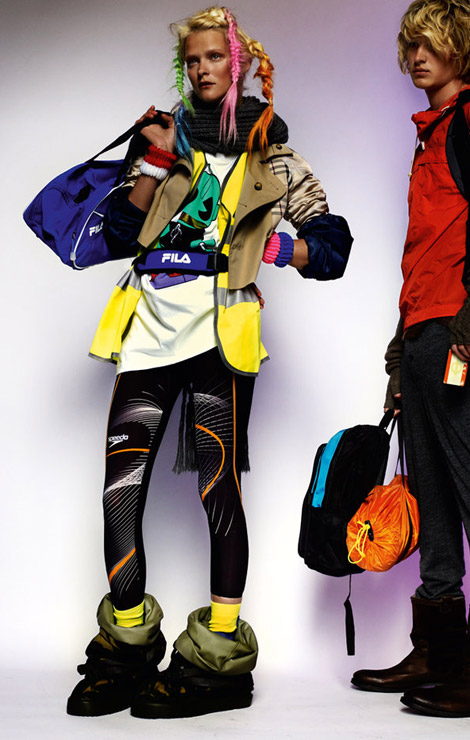 Sporty, Fashionable, Trendy. Carmen Kass By Mario Testino