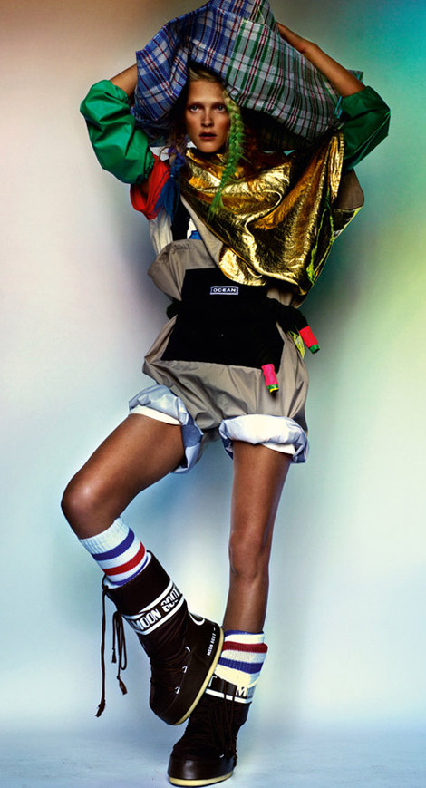 Sporty Fashionable Trendy Carmen Kass By Mario Testino