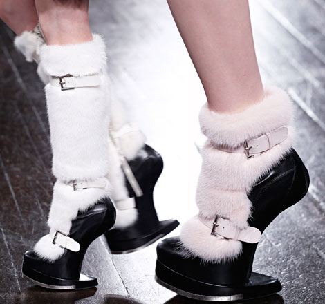 strange shoes McQueen fall 2012
