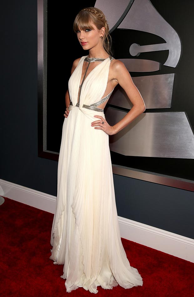 Taylor Swift white grecian dress 2013 Grammy Awards