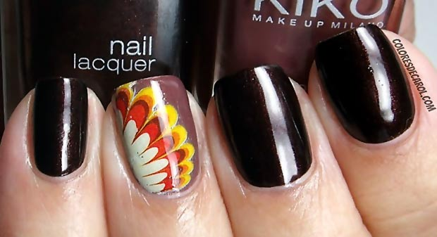 Thanksgiving fall colors accent black nails