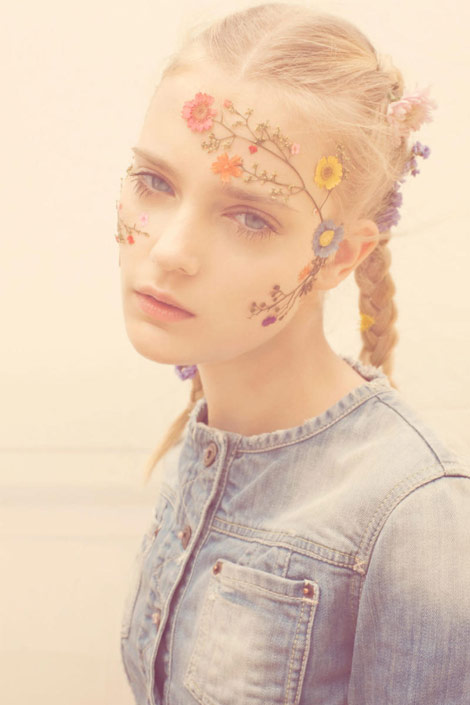 The New flowers accessories flowers on your face