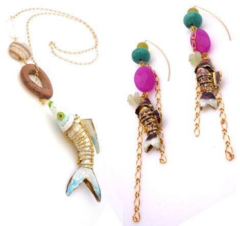 Tweak hook necklace earrings