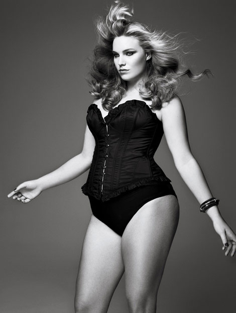 V Magazine January 2010 Size Issue Curves Ahead