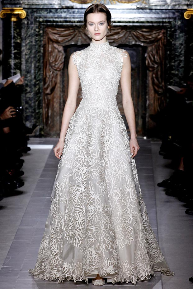 Valentino Spring 2013 Couture delicate white dress