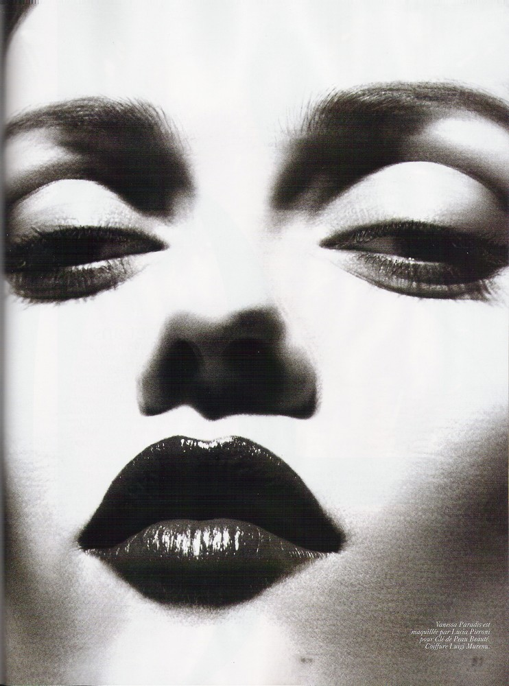 Vanessa Paradis Vogue Paris November 2008 black and white photo