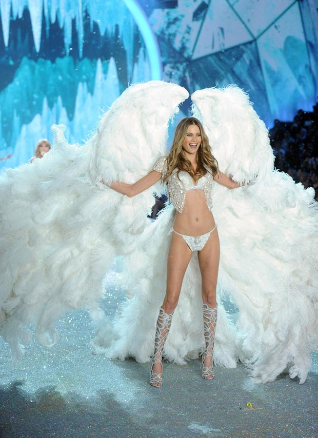 Victoria s Secret 2013 Fashion Show Behati Prinsloo white wings