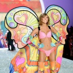 Victoria s Secret 2013 Fashion Show Karlie Kloss wings