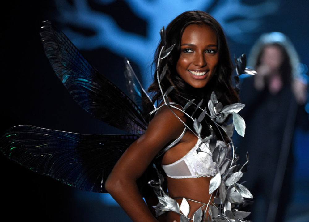 Victoria s Secret 2014 Fashion Show Jasmine Tookes wings