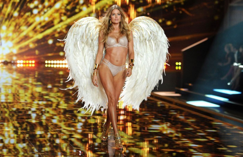 Victoria s Secret Fashion Show 2014 Doutzen Kroes