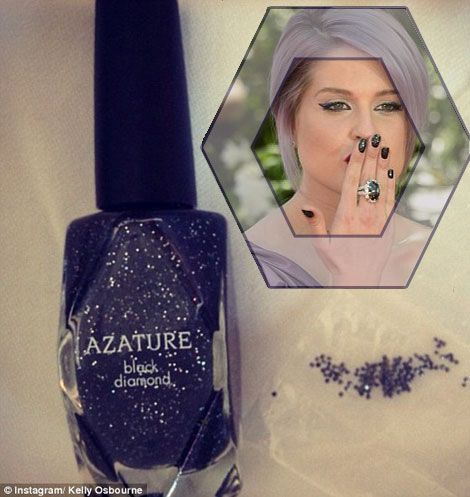 World&#8217;s Most Expensive Manicure: Kelly Osbourne&#8217;s Emmies Black Diamond Nails