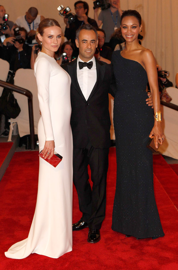 Zoe Saldana Blue Calvin Klein dress Met Gala 2010 2