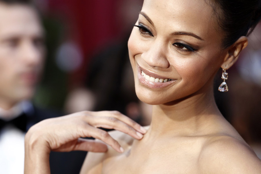 Zoe Saldana Givenchy dress 2010 Oscars 1