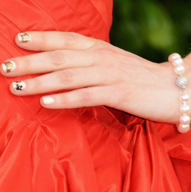 Zooey Deschanel's Cute Nails, Red Dress 2013 Golden Globes